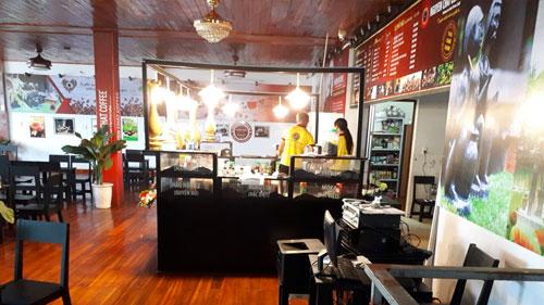 Mô hình quán cà phê rang xay sạch Nguyen Chat Coffee