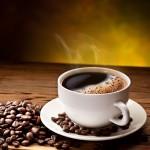 Ly cafe đen nóng uống sau bữa ăn