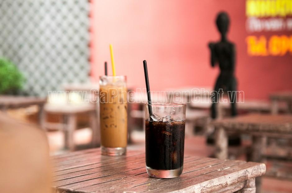 những ly cafe nguyên chất thơm ngon và đẹp mắt phục vụ thực khách