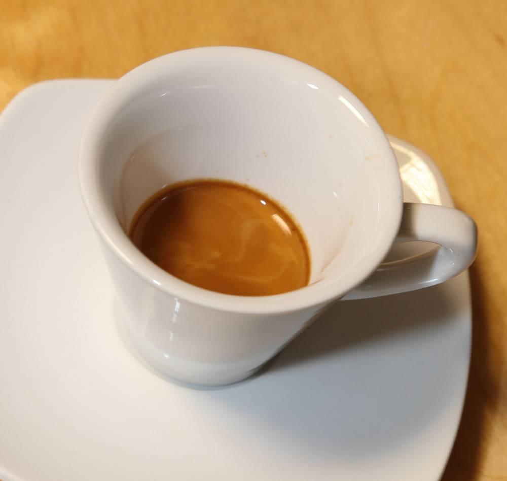 Cafe pha máy có đầy đủ hương vị nhất