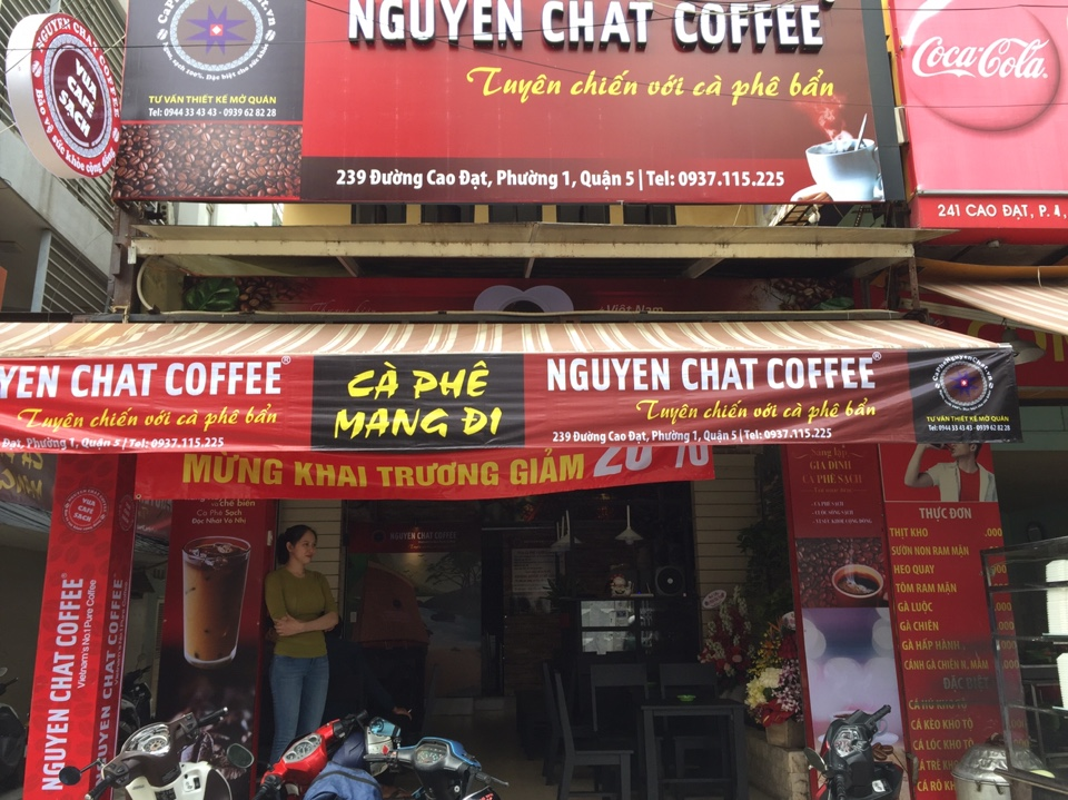 Mở quán cafe nhận bảng hiệu đẹp