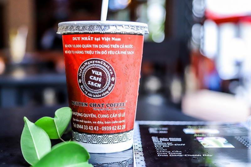 Ly cafe nguyên chất thơm ngon