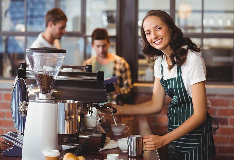 Những tuyệt chiêu giữ khách, khiến khách hài lòng quán cà phê nhờ nhân viên phục vụ